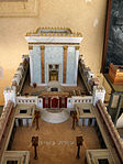 Model of Second Temple made by Michael Osnis from Kedumim 3.jpg