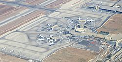 Ben-gurion-airport-terminal--september-2012 (cropped).jpg